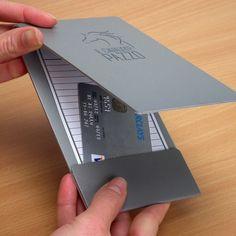 Porta Cuentas metálico