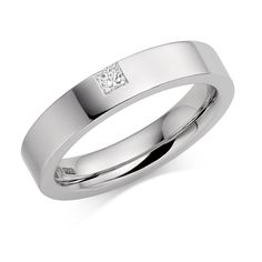 Our stunning #Platinum #4mm Lucia #diamond #wedding #ring