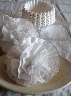 Cabin & Cottage : Scripty Paper Flowers ~❥Maybe would use a paper punch around the edges Flower Crafts, Diy Flowers, Fabric Flowers, Paper Flowers, Coffee Filter Crafts, Coffee Filter Flowers, Paper Ribbon, Fabric Paper, Tissue Paper Crafts
