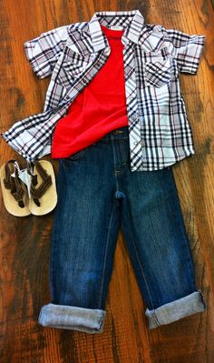 #OOTW Toddler boys outfit of the week. Simple mix and match pieces put together. Your little man will be handsome in all this red, white, and blue! #babyfashion #toddlerfashion #boy