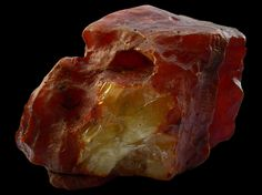 Location: Ukraine  Weight:  335g  Color: yellow  Variety: Bastard  Dimension: 10x11cm Cairns, Baltic Amber, Color Yellow, Ukraine, Beautiful
