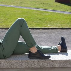 Wear your RUBIROSA barefoot. Only the best olive leaf tanned leather. Leather Sneakers, Tan Leather, Swiss Design, Barefoot, Innovation, Product Launch, Handmade, How To Wear, Fashion