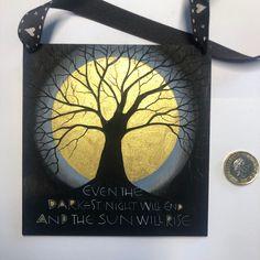 Hand lettered wooden plaque. Golden Sun. #darkestnight #lesmisérables #handlettering #golden #sunrise Sam Cannon, Golden Sun, Wooden Plaques, Colored Pencils, Pencil Drawings, Hand Lettering, Sunrise, Sculptures, Paintings