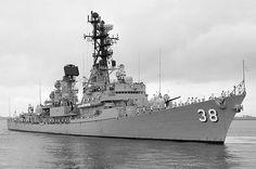 Entering Melbourne Royal Australian Navy, Naval History, Battleship, Perth, Melbourne, Ships, War, Boats, Ship