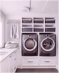 Laundry rooms are all about work, so it's essential that your laundry room layout optimizes the space to help you be efficient on laundry day. The size of your laundry room isn't as important as the way you arrange the… Continue Reading → Laundry Room Layouts, Large Laundry Rooms, Laundry Room Organization, Laundry Room Design, Neutral Kitchen Designs, Laundry Room Lighting, Casa Loft, Basement Laundry, Laundry Tips