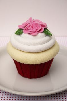 Felt Cupcake  Red and Pink Roses
