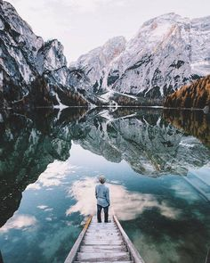 A blend of beautiful summits and soothing lakes that helps this natural spaces lover living in Munich to remind us the importance of discovery and returning to basics.