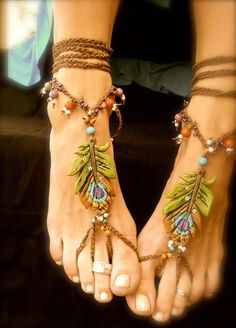 Barefoot Sandals (or anklet) with peacock feathers