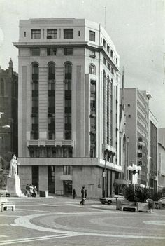 Art Deco Office Block and Banking Hall Architect: Owen Eaton and Tait Built: 1934 Location: Market Square, Central,Port Elizabeth. Photo taken 1980 Port Elizabeth South Africa, Home Again, Lighthouse, Cape, To Go, Art Deco, Street View, The Unit, Architecture