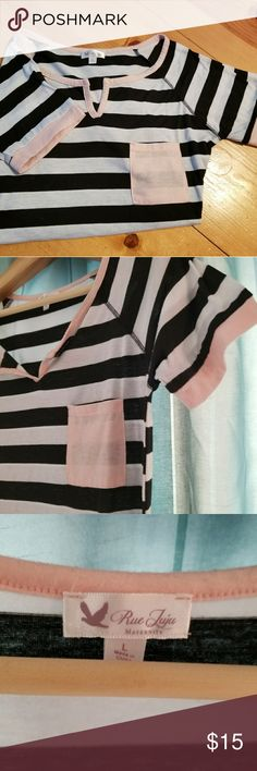 Rue Juju Maternity Maternity white and black stripe top with pink detail. Great condition. Tops Tees - Short Sleeve