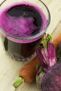 7 Colorful Juices for Energy to Add to Your Rotation Healthy Juice Recipes, Healthy Juices, Tea Recipes, Raw Food Recipes, Healthy Drinks, Smoothie Recipes, Healthy Eating, Healthy Food, Dessert Recipes