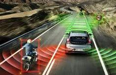 Προειδοποίηση επικείμενης σύγκρουσης με άλλο προπορευόμενο όχημα.  Ανίχνευση πορείας και προειδοποίηση για αποφυγή ατυχημάτων.  Προειδοποίηση μικρής  απόστασης από το προπορευόμενο όχημα.  Προειδοποίηση οδηγού 3 δευτερόλεπτα πριν από την επικείμενη πρόσκρουση.  Προειδοποίηση οδηγού σε περίπτωση απότομης αλλαγής λωρίδας.  Προειδοποίηση αποφυγής πρόσκρουσης με πεζό.  http://navigatetelematics.blogspot.gr/2013/07/blog-post_4927.html