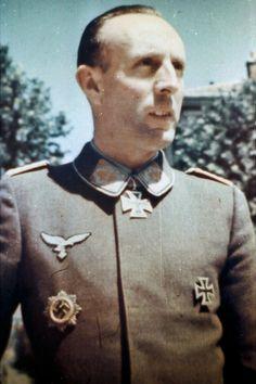 Oberstleutnant Friedrich-August Frhr. von der Heydte (1907-1994)