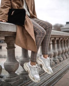 Balenciaga triple S Look street sneakers YSL bag Mode Outfits, Trendy Outfits, Winter Outfits, Summer Outfits, Picnic Outfits, Winter Ootd, Sporty Outfits, Vacation Outfits, Summer Skirts