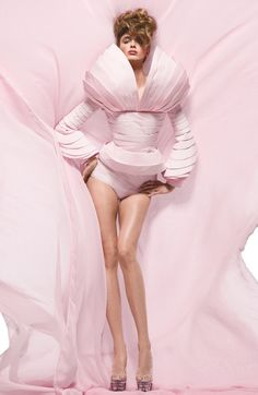 #body #structure #couture #pink