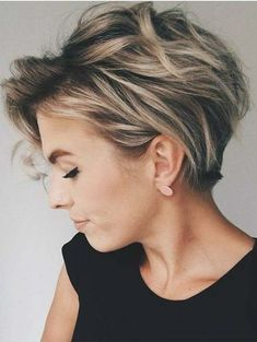 Stunning ideas of messy short haircuts that we have presented here just for you. If you always like to sport short haircuts then you musty see here for best results of short hair looks to flaunt right now. This post is full of modern trends of messy short haircuts and hairstyles. Just take a time and see our amazing collection of various short length hair including curls, waves, bob and messy looks.