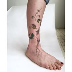 Amanda Wachob's tattoos ... what could you say, remarkable.