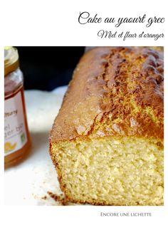 Cake au yaourt grec, miel et fleur d'oranger