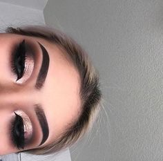 Gorgeous Makeup: Tips and Tricks With Eye Makeup and Eyeshadow – Makeup Design Ideas Glam Makeup, Rose Gold Makeup, Formal Makeup, Love Makeup, Skin Makeup, Makeup Inspo, Beauty Makeup, Rose Gold Eyeshadow, Makeup Eyebrows