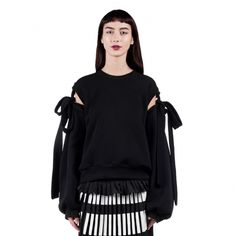This Ioana Ciolacu sweatshirt features a ribbed crew neck, detached broad sleeves with shoulder bow details, ribbed cuffs and hem. Red Pattern, Crew Neck, Women Wear, Sweatshirts, Skirts, Sleeves, How To Wear, Collection, Tops