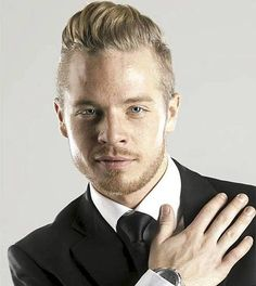 Photo of the Day for April 25, 2015 - Sauli looking stunning