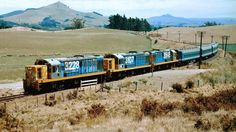 New Zealand Railways Multiple DJ Locomotives hauling the Southerner Passenger Train South Pacific, Pacific Ocean, News Around The World, Around The Worlds, State Of Arizona, Train Pictures, Train Station, Locomotive, New Zealand
