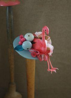 Tocados - Flamingo-Babe Hütchen Fascinator Flamingo pin up - hecho a mano por billies en DaWanda
