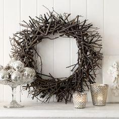 I really like this wreath too