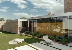 Richard Neutra. Kaufmann House