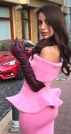 Long Gloves, Women's Gloves, Elegant Gloves, Gloves Fashion, Black Leather Gloves, Fashion Moda, Women's Fashion, Hot Outfits, Leather Fashion