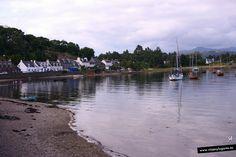 Barcos en Plockton, Escocia.