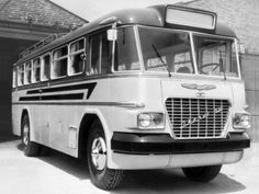Had more seats in place of standing positions, and a single door. Produced in 1962 - Bus Coach, Busa, Single Doors, Old Cars, Retro, Vehicles, History, Classic, Photos
