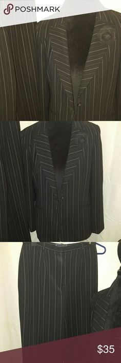 """Laura Scott pinstripe suit Very well taken care of.  Stunning set! Inseam 30"""". 99% polyester.  1% cotton. Laura Scott Pants Trousers"""