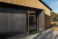 Image 4 of 14 from gallery of Brecon Estate Winery / Aidlin Darling Design. Photograph by Adam Rouse