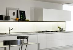 hanging-wall units - Kitchens - Dada
