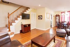 109 North Broadway--Completely Renovated, located in the heart of White Plains. Multi-level townhouse for sale complete with outdoor seating area and huge master bedroom with updated bath. 2 Bedroom 1 Full and 1 Half Bath (914) 723 5555 http://www.fivecornersproperties.com