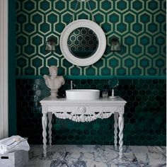 Geometric green wallpaper | emerald room ideas | bathroom | PHOTO GALLERY | Housetohome