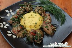 Garlic Chicken Livers with Polenta / Ficatei de Pui cu Mamaliguta