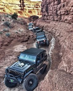 Brilliant inspiration if you're needing creative ideas for Auto Jeep, Jeep 4x4, Auto Suv, Jeep Cars, Jeep Truck, Moab Jeep, Jeep Wrangler Unlimited, Acessórios Jeep Wrangler, Jeep Camping