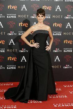 Penélope Cruz in Atelier Versace - Goya Cinema Awards 2016 - February 6, 2016