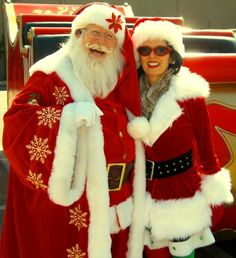 Google Image Result for http://www.hohohochristmas.com/Santa.Hollywood.MrsClaus.jpg