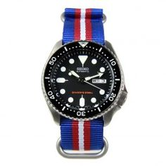 Seiko Male Automatic Divers Watch with Additional Strap Army Watches, Big Watches, Gents Watches, Best Watches For Men, Seiko Watches, Sport Watches, Cool Watches, Male Watches, Popular Watches