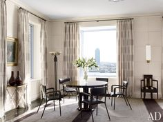 Modern Dining Room by Victoria Hagan Interiors and Peter Pennoyer Architects in New York, NY