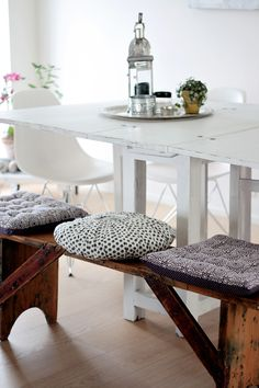 Dining table bench seat, but I'd do one long pad/pillow. Now to figure out if having a seat back is important to me...