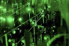 Los científicos insisten en que el protón ha 'menguado'.