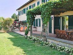 Oversikt over Villa Domitilla & Villa Sveva 8 soverom, soveplass til 16 Feriehus i Provinsen Rieti fra @homeaway! #vacation #rental #travel #homeaway