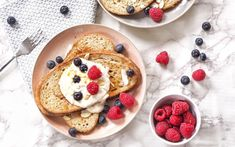 15 Syrupy, Sweet, And Filling Vegan French Toast Recipes! - One Green Planet Vegan French Toast, Cinnamon French Toast, Vegan Breakfast Recipes, Vegan Recipes, Breakfast Ideas, Vegan Food, Vegetarian Breakfast, Vegan Desserts, Homemade Almond Butter