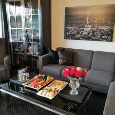 #Repost fra @lady_leylaaa sin konto.   #inspiringhomes #classicliving #interiorinspiration #inspire_me_home_decor #mynorwegianhome #love #eleganceroom #love #finehjem #interior_and_living #dream_interiors #interiør #interiørdilla #inspohome #interiordecorating #vakrehjem #roomforinspo #interior #homedecoration #instagram  #unike_hjem #herregard_design #bedroomdecor #eid #glaminterior1 #interior9508