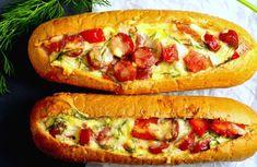 Tojásos kolbászos bagettek, minden nap meg tudnám enni ezt a finomságot! - Bidista.com - A TippLista! Romanian Food, Hungarian Recipes, Huevos Rancheros, Hot Dog Buns, Street Food, Vegetable Pizza, Hamburger, Bacon, Sandwiches