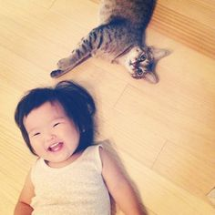 Toco The Cat And His Human Sister Are The Most Adorable Troublemakers Ever (via BuzzFeed)